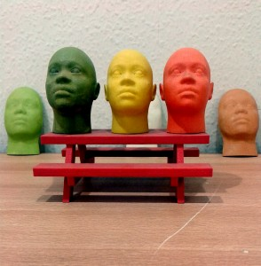 Miniature_human_face_models_made_through_3D_Printing_(Rapid_Prototyping)-1